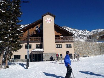 """Ski Adventure Center"""