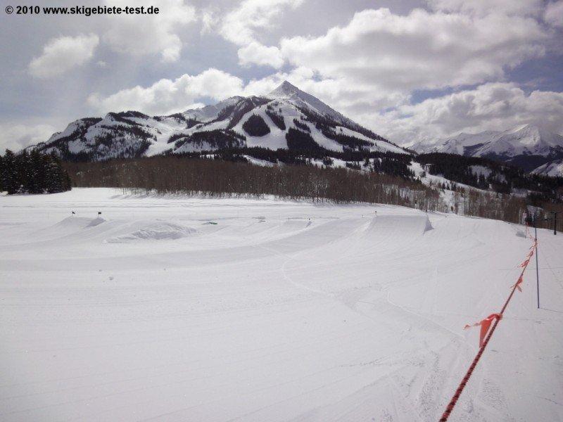 crested butte ski report