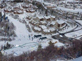 Ski school at the Snow Park Lodge