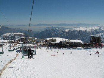 The Cururo lift allows you to enjoy one of the greatest panoramic views of the ski resort.