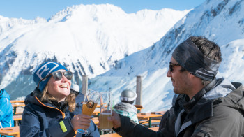 The Faulbrunnalm is the perfect place to relax with a beer.