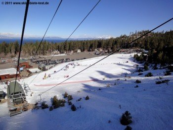 View over the practice area at Gunbarrel Express Lift's base station.