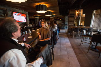 You are hungry and don't know where to go? Preston's is Killington's top address speaking of culinary highlights, such as classy burgers and salads.
