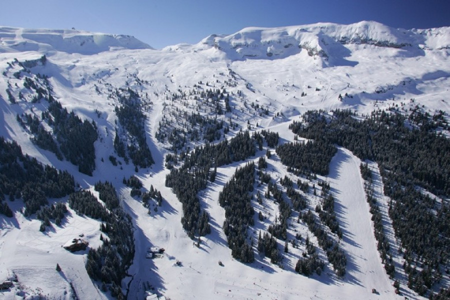 Le Grand Massif • Ski Holiday • Reviews • Skiing