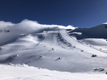 The slopes on the glacier still offer the best conditions in spring.