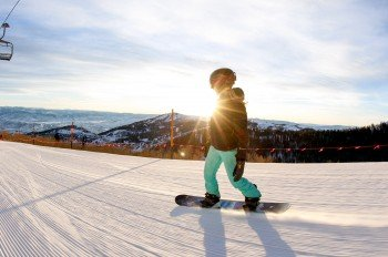 Doing winter sports in the largest ski resort in North America? Pay a visit to Park City!