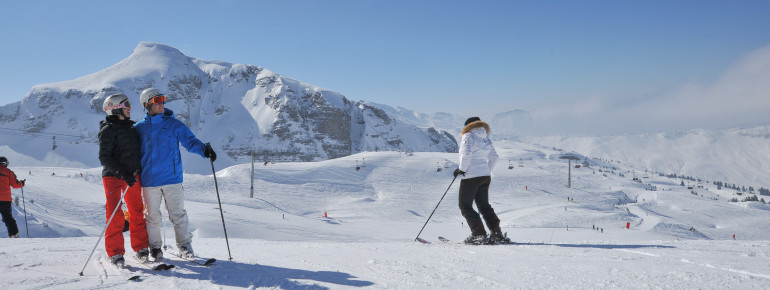 179 hours of skiing pleasure are guaranteed in the Portes du Soleil ski area, which links a whopping twelve Alpine resorts in France and Switzerland.
