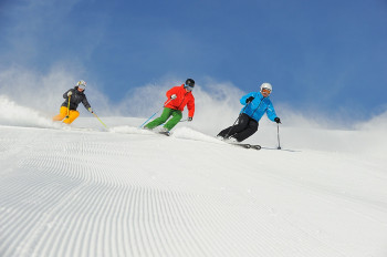 Skiing fun in Serfaus Fiss Ladis