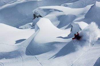 Because of the great snow conditions Zermatt is popular among freeriders