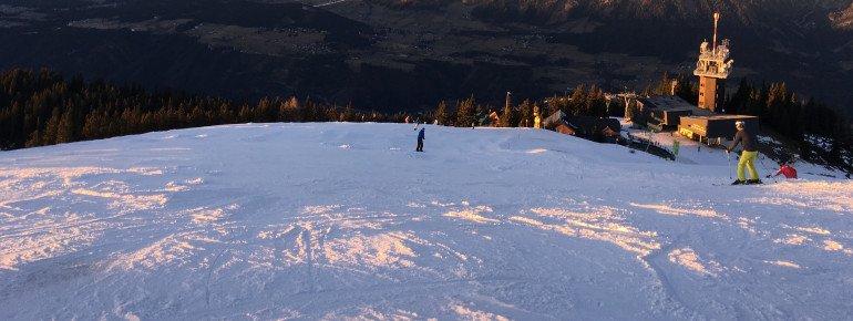 Typischer Ausblick von der Planai über das Ennstal bis zum Dachstein!