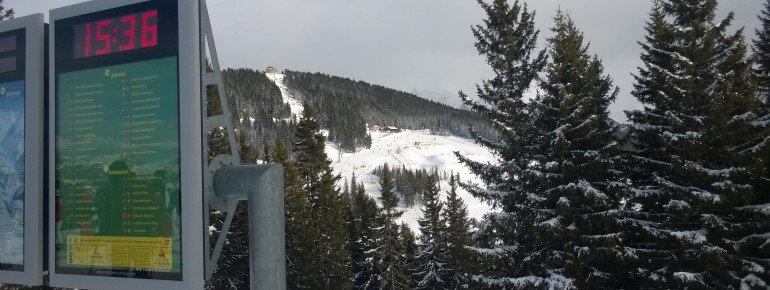 Blick auf den Snowpark vom Gegenhang am Lärchenkogel.