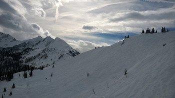 Zwischen Januar und Mitte März gibt es im oberen Bereich des Skigebiets meist auch genügend Naturschnee!