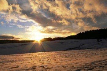 In Altendorf kann man den Wintersport jeden Freitag auch nach Einbruch der Dunkelheit ausführen