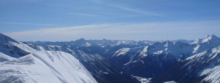 Traumhaftes Panorama von ganz oben (2636m).