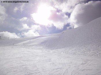 Außergewöhnlich für Colorado: Wegen seiner Höhenlage befinden sich große Teile des Skigebiets oberhalb der Baumgrenze. Bei Neuschnee finden sich hier traumhafte Tiefschneehänge.
