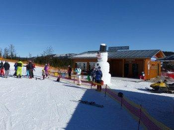 Neu hinzugekommen: Das Zwergenland für die ersten Schritte im Skizirkus.