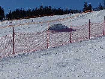 Auch eine kleine Wave hat der Snowpark im Skigebiet am Arber parat.