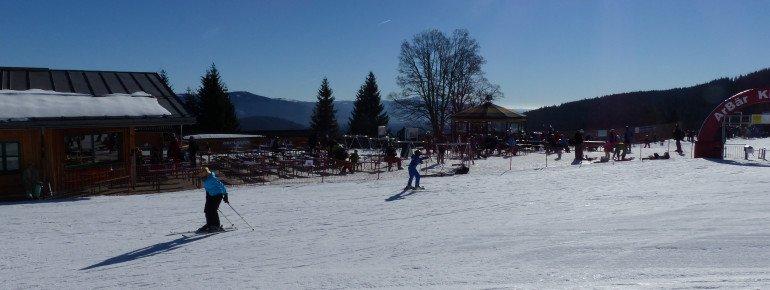 Direkt neben dem Kinderland befindet sich das Thurnhofstüberl - 1A für wachsame Eltern, die sich eine Pause gönnen.
