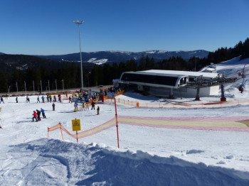 Die Liftanlagen sind für die Skipasspreise modern und bequem.