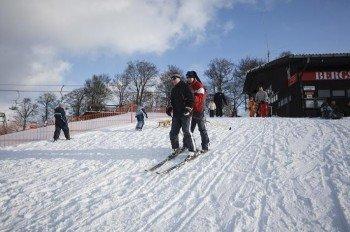 Auf der Sackpfeife kann man gut skifahren lernen.