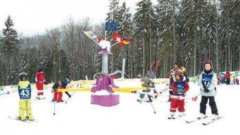 Kinder-Karussell im Kinder Ski Park Silberberg