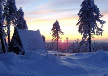 Das Skigebiet Braunlage Wurmberg bei Sonnenuntergang