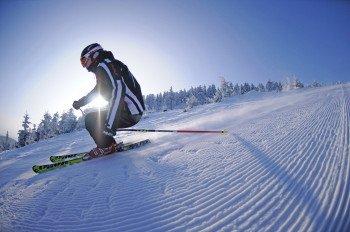 Für sportliche Skifahrer gibt es im Skigebiet Braunlage Wurmberg eine schwarz markierte Abfahrt
