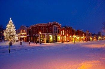 In der Main Street des winterlichen Breckenridge findet man über 30 Restaurants, Bars und Pubs.
