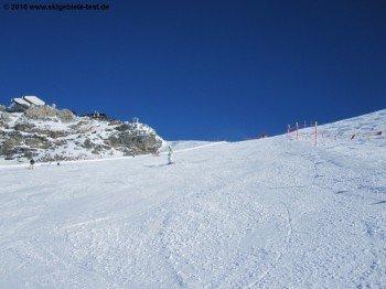 Blick von der Abfahrt 7 aufs Plateau Rosa (3480m)!