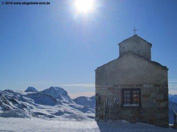 Kapelle an der Talstation des Sessellifts P zum Theodulpass!