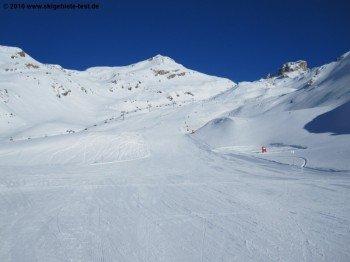 Rote Abfahrt Nr.1 oberhalb von Salette (2245m)!