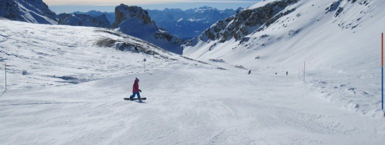 Snowboarder auf der blauen Abfahrt Nr.11!