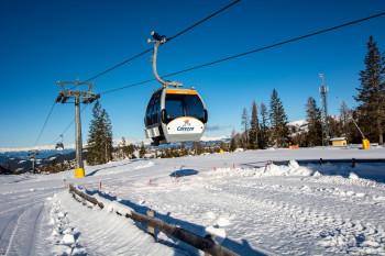 14 Lifte und Bahnen bringen die Besucher auf den Berg.