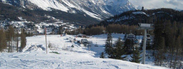 Blick auf die Talstation des Sessellifts Roncato Festis!