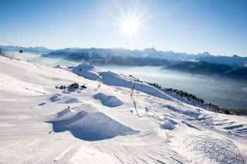 Panorama über das Skigebiet von Crans-Montana