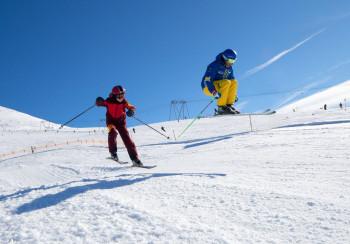 Bestens präparierte Pisten am Rinerhorn versprechen viel Abwechslung, Spaß und Action.