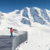 Genieße die tolle Aussicht an der Bergstation der Seilbahn.