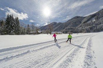 Nach dem Alpin Ski lädt Kärntens Winterlandschaft zum Langlaufen ein.