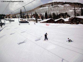 Wer das Snowboarden erst noch erlernen muss, der findet mit den Hängen an den Liften Graduate Triple und Columbine Triple ein perfektes Übungsgelände.