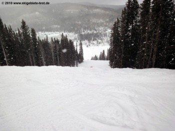 Nur für sehr gute Snowboarder: Bull Run am Grizzly Lift!
