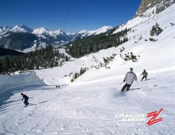 Auch Anfänger kommen im Skigebiet Ehrwald gut zu recht.