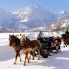 Romantik pur: Kutschenfahrten durch das verschneite Tal.