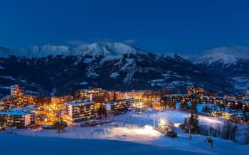 Das Skigebiet liegt zwischen Grenoble und Nizza.