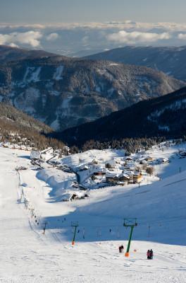 Das Berg Dorf Falkert, mit seinen überschaubaren Pisten!