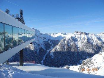 Neue Seilbahn Alba-Col dei Rossi (Bergstation)
