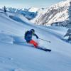 Skitourengeher und Freerider können sich abseits der Pisten im Tiefschnee austoben.