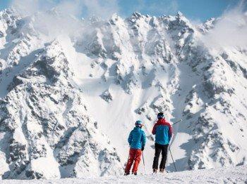 Diese Bergkulisse beeindruckt jeden Wintersportler!