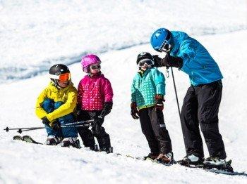 Auch die Kleinen haben im Skigebiet Gargellen Spaß. Im Schmuggi Luggi Winterland werden sie besonders gut betreut.