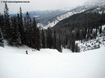 Die Hornabfahrt, die zweite schwarze Piste im Skigebiet!