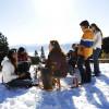 Nach dem Skifahren kann die Landschaft mit dem Schlitten erkundigt werden.